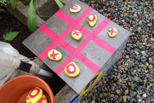 grow and resist tic tac toe outdoor